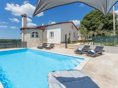 Photo for Very quiet, brand new house with pool and garden for max 6 persons