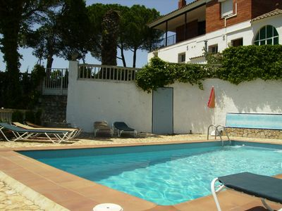 Photo for Vidreres (Costa Brava) : House for 21: Garden, bbq, swiming-pool, minigolf and tennis.