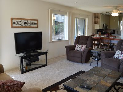 Photo for Cliffside Condo with scenic View of Greers Ferry Lake & WiFi