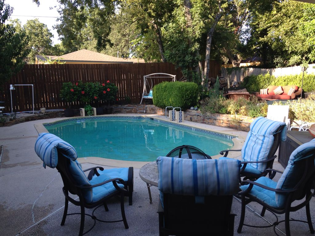 Big Private Pool HotTub Oasis & Spacious Home! Dallas Dwntwn ...