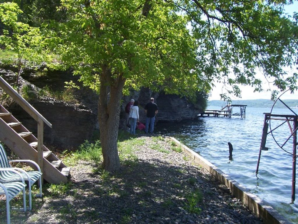 Romantic getaway or family vacation on 10 acres and for Romantic weekend getaways ny