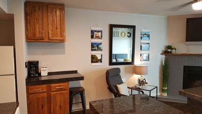Newly Renovated 2BR 2BA, walking distance to Downtown, on the Comal!