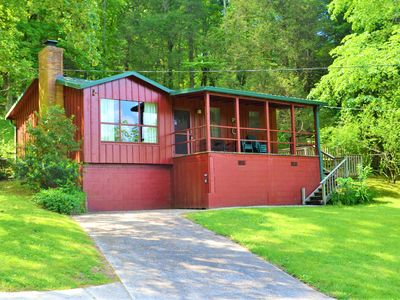 Photo for Kick back and Relax at Timber Lane Retreat!