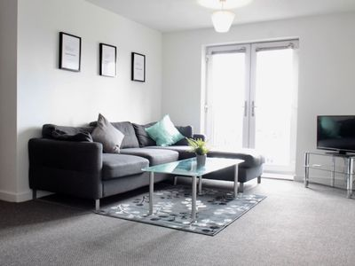 Photo for *IMMACULATE MODERN CENTRAL MANCHESTER APT SLEEPS 4*