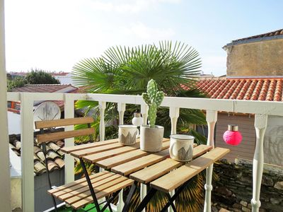 Photo for A few steps from the quays and the market of old St Gilles