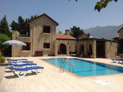 Photo for Beautiful Villa, large private garden with pool, free wifi