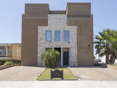 Photo for Unique 3 bedroom Townhouse, Private Pool and Great Location! Just 3 Minute Walk to Beach!