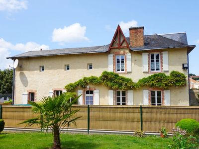 Photo for Vacation home Le Logis du Chateau in Challans - 7 persons, 3 bedrooms