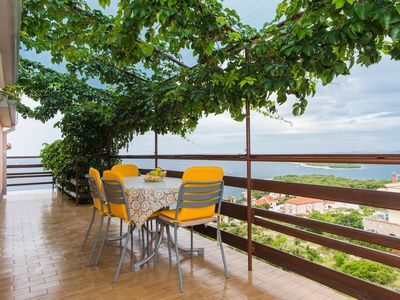 Photo for Two bedroom apartment with terrace and sea view Bilo, Primošten (A-6478-a)