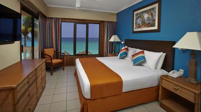 Photo for Beach front property at Casa del Mar Aruba, Presidential Suite
