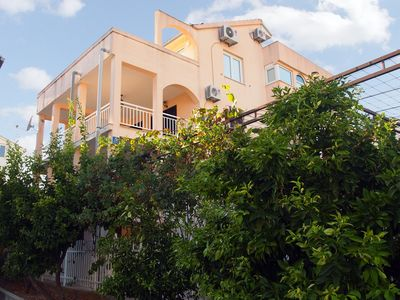 Photo for Holiday apartment with terrace, sandy beach at 300 m