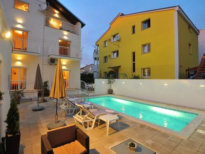 Photo for Comfortable apartment in a quiet area, private terrace, shared swimming pool