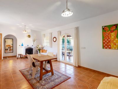 Photo for Villa in a Fantastic Location with Wi-Fi, Air Conditioning and Parking; Pets Allowed