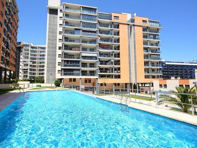 Photo for Nice apartment for 6 people with pool, WIFI, A/C, TV and parking
