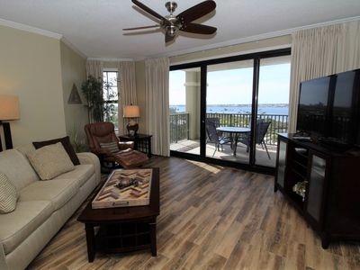 Photo for Florencia 503- Bay & Gulf Views with Large Terrace and Luxurious Amenities!