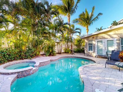 Photo for Upscale tropical getaway with private pool & spa, elevator, and more!