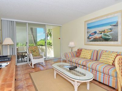 Photo for Perfectly located near the path th the beach, just steps from the pool.