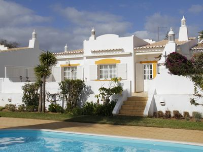Photo for Villa Meia-Praia, with Terrace, Pool and Garden