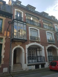 Photo for 4/5 pers. Apartment with balcony in typical Mersoise house; Seaview.