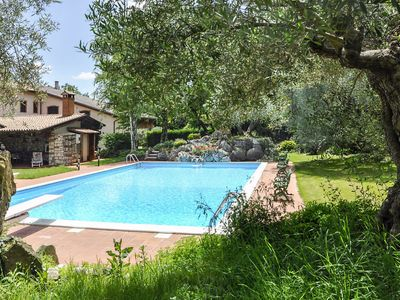 Photo for Apartment Casale Preoni (LAZ475) in Lazise - 4 persons, 2 bedrooms