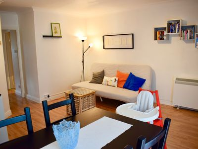 Photo for Quiet 1 Bedroom Flat in Rathmines - One Bedroom Apartment, Sleeps 4