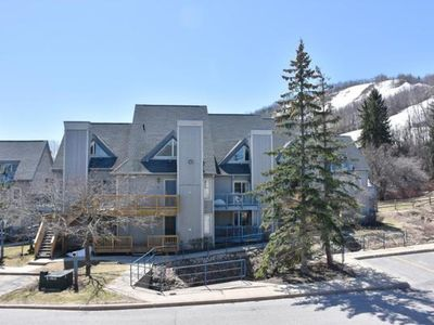 Photo for 1 Bedroom Mountain Spring Resot w/ View of Slopes - 9608  Blue Mountain Lodges