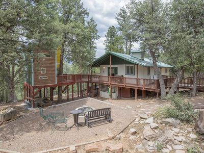 Photo for Top of the Rim! Awesome Cabin + Treehouse, Amazing Views, Remodeled