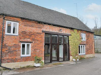 Photo for 4BR Cottage Vacation Rental in Derby, Derbyshire