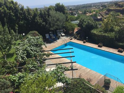 Photo for Villa on the hills of Etna, Private Pool, beautiful garden And Sea View