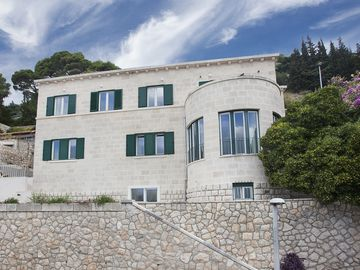 Villa Paulina Is Located In Dubrovnik's Most Elite Residential Neighbourhood