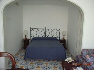 Photo for Beautiful holiday home in Capri near Piazzetta, with sea view
