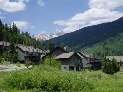 CASCADE VILLAGE IS A GREAT PLACE TO PLAY YEAR-ROUND