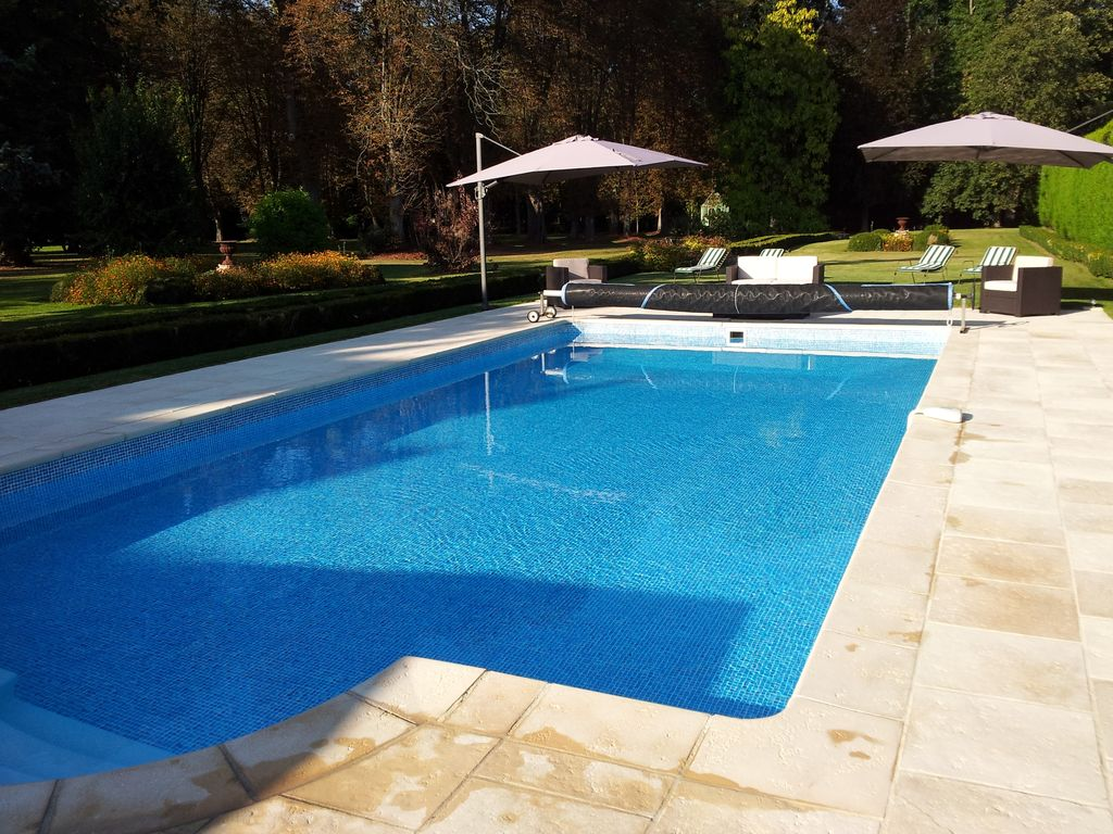 House 8 persons 10mn Disneyland + swimming pool + landscaped park: 4 ...
