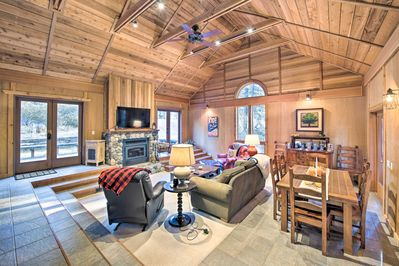 This cabin comfortably sleeps 12 guests.