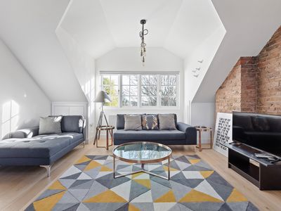 Photo for Contemporary, NY-style 2 Bed Loft in West London