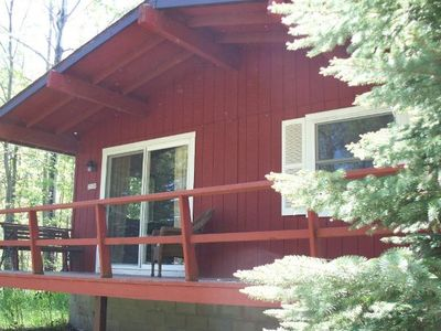 Photo for Cute two bedroom cabin in the woods