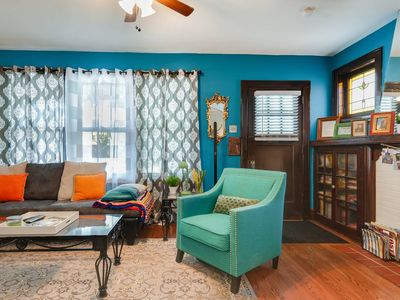Photo for Awesome 1200 sq ft apartment centrally located near everything in STL!