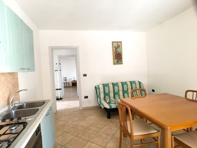 Photo for Nice apartment on the ground floor, in the complex of a villa surrounded by greenery, consisting of