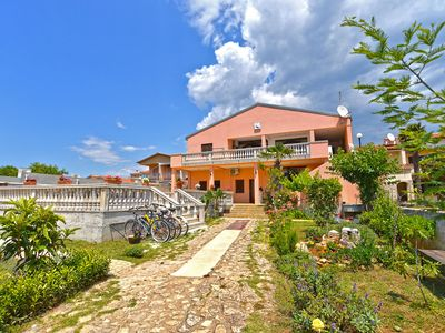 Photo for 1BR Apartment Vacation Rental in Medulin, Istrien