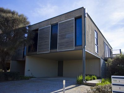 Photo for DEBONAIR 1 - Anglesea