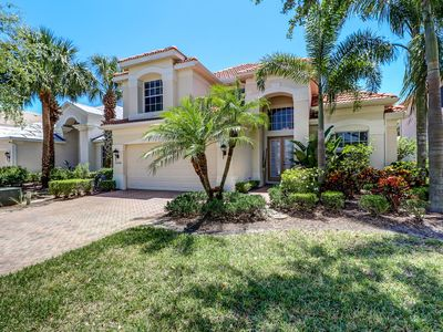 Photo for Centrally located pool home / villa in gated community!