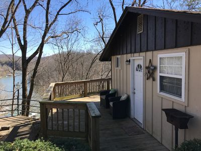 New pictures! Layne's Nest -Rustic cottage on Lake Cumberland 1 mile from Hwy 27