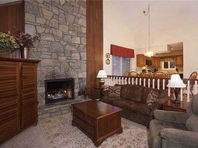 Photo for CHESTNUT 8 WPM: 3 BR / 3 BA 3 bedroom condo in Blowing Rock, Sleeps 8