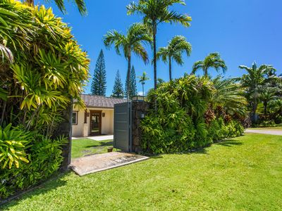 Photo for Tropical Oasis - Luxury Tropical Oasis Kahala Home