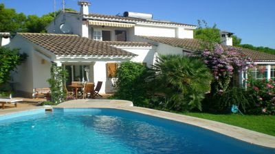 Photo for Beautiful detached villa with private pool and sea views