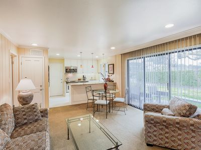 Photo for Deluxe 2BR for the Perfect Napa Getaway - Walk to Pool & Shops
