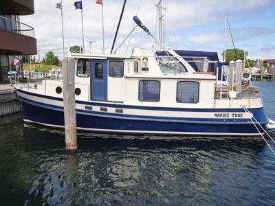 Photo for Traverse City on the water!  Marina Life is a relaxed life!