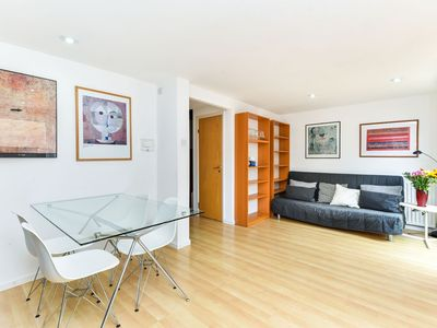Photo for Modern 4 bedroom terraced house by the Thames!