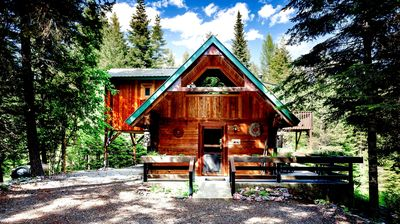 "Photo for ""SWAN PEAKS"" Mountain View Cozy Cabin Chalet-Free Internet,Sat TV, Ski Whitefish"