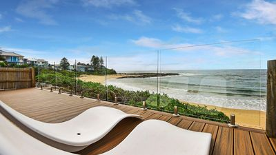 Photo for 4BR House Vacation Rental in Blue Bay, NSW